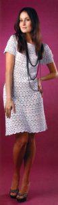 Белое платье с круглой кокеткой (вязание крючком)