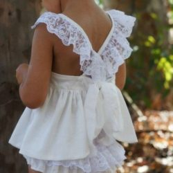 Платье для девочек. Выкройка (Шитье и крой)