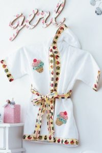 Шьем детский банный халат с аппликацией. Мастер-класс (Шитье и крой)