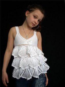 Топ с воланами для девочки (Вязание крючком)