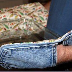 Прихватки из джинсовых кармашков (Шитье и крой)
