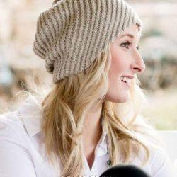 Вязаная шапка витым диагональным узором (Вязание спицами)