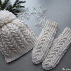 Шапочка и варежки «Белоснежные узоры» (Вязание спицами)