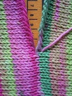 Как сшивать вязаные изделия между собой (Уроки и МК по ВЯЗАНИЮ)