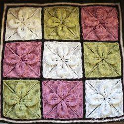 Плед из квадратов с листочками (Вязание спицами)