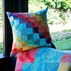 Плед и подушка «Спиральные квадраты» (Квилтинг)