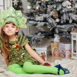 «Елочка» — новогодний костюм для девочки (Вязание крючком)