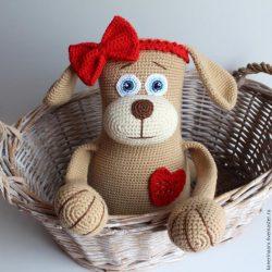 Вяжем крючком милую собачку ( Вязаные игрушки)