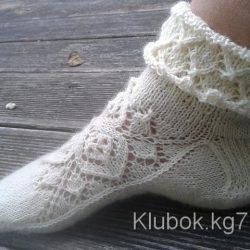 Ажурные носки спицами с узором от центра (Вязание спицами)