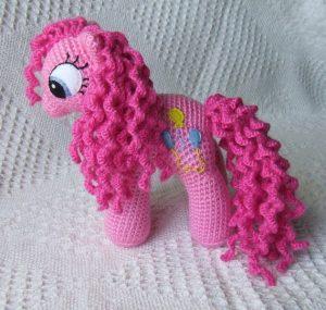 Вязаная пони (Вязаные игрушки)
