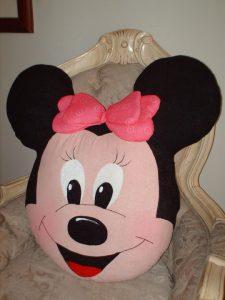 Подушка Минни Маус (Шитье для дома)