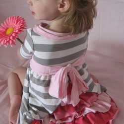 Платье для девочки из футболки (Шитье и крой)