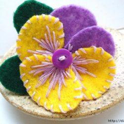 БРОШИ — ЦВЕТЫ ИЗ ФЕТРА (Цветы из ткани)