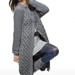 Пальто с широким переплетением (Вязание спицами)