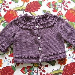 Жакетик для малыша  (Вязание спицами)