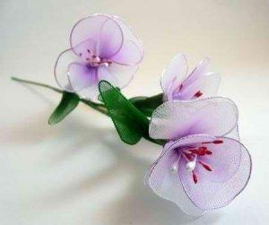 Нежные цветочки из капрона (Цветы из ткани)