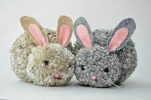 Кролики из помпонов (Шьем игрушки)