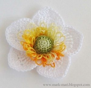 Объемный цветок крючком (Вязаные цветы)