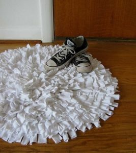 Мохнатый коврик своими руками (Шитье и крой)