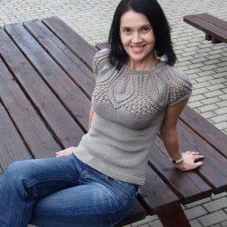 Топ с ажурной кокеткой (Вязание спицами)