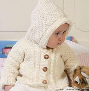 Жакет с капюшоном для малышей от 1-3 месяцев до 3-4 лет (Вязание спицами)