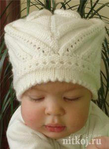 Интересная  шапочка для маленькой девочки (Вязание спицами)