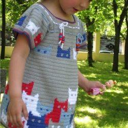 Платье для девочки крючком с котятами. Схемы узора (УЗОРЫ КРЮЧКОМ)