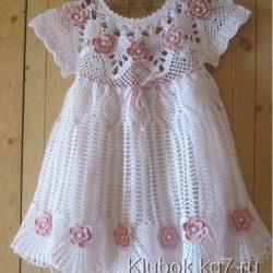Розово-белое платье для девочки (Вязание крючком)