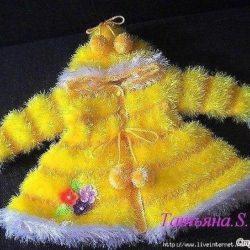Детское пальтишко из пряжи «травка» (Вязание спицами)