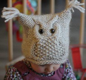 Красивые детские шапочки с узором «Сова» (Вязание спицами)