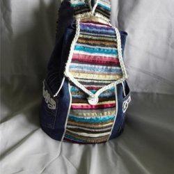 Рюкзачок из джинсовой ткани и кромок ткани (Шитье и крой)