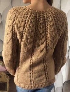 Роскошный пуловер с узорчатой кокеткой. Схема кокетки (Вязание спицами)