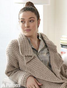 Свободное пальто с лацканами (Вязание спицами)