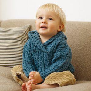 Нарядный пуловер с косами для мальчика (Вязание спицами)