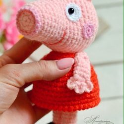 Вязание крючком маленькой свинки ПЕППИ (Вязаные игрушки)