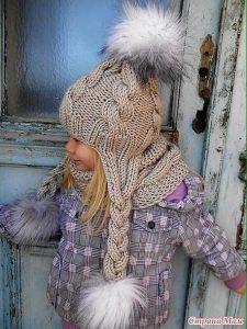 Шапочка с ушками для девочки (Вязание спицами)