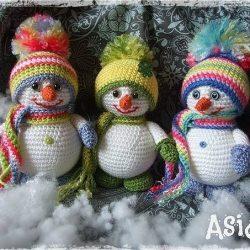 Вязаные снеговики (Вязание крючком)