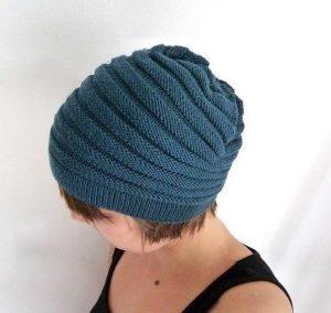 Удобная шапочка (Вязание спицами)