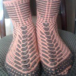 Интересный способ вязания носков на двух спицах (Уроки и МК по ВЯЗАНИЮ)