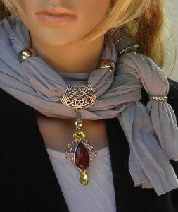 Колье-шарф. Красивый и неповторимый аксессуар своими руками