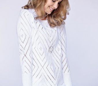 Элегантный белый джемпер (Вязание спицами)