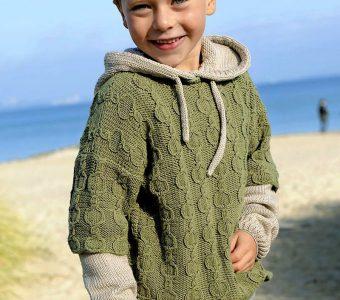 Двухслойный джемпер с капюшоном для мальчика (Вязание спицами)