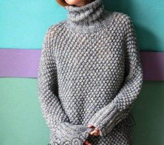 Модная модель женского свитера кимоно со звездочками (Вязание спицами)