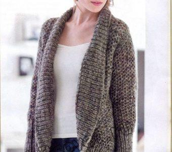 Модная модель вязаного жакета для полных женщин (Вязание спицами)