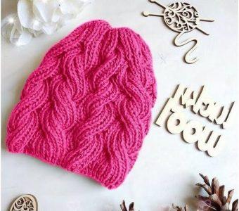 Описание вязания шапки с косами из пышной резинки (Вязание спицами)